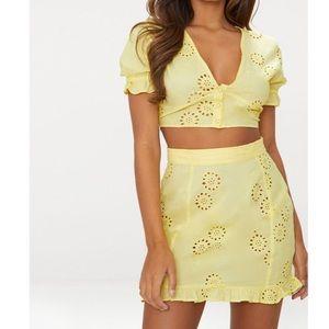 PrettyLittleThing Lemon Embroidered Skirt 10 NWT